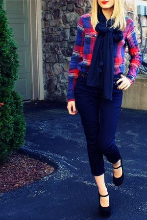 red American Eagle shirt - black Forever XXI shoes - blue H&amp;M scarf