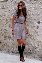 Zara dress - H&M socks - Adela Gil shoes - Ray Ban sunglasses