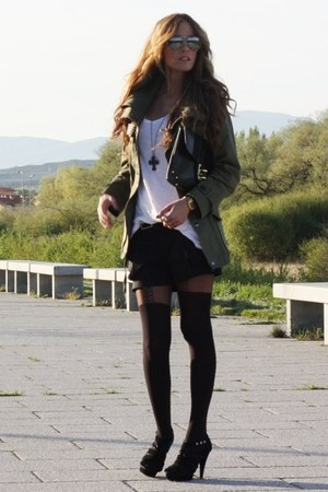 Queens Wardrobe jacket - Topshop tights - Marypaz heels