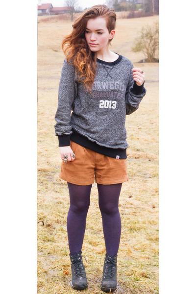 charcoal gray graduate 2013 Russ sweater - bronze suede EDC shorts