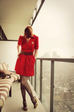 red H&M dress - brown Ardene belt - gold vintage accessories - gold vintageage s