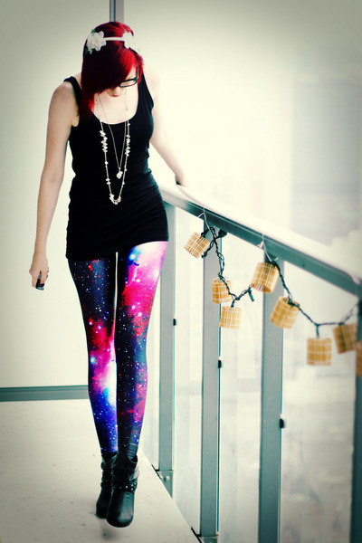 blue Black Milk leggings
