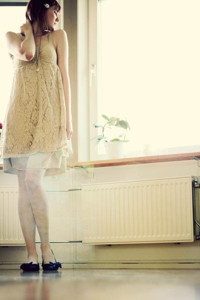 ivory vintage dress