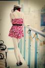 Hot-pink-floral-pattern-forever-21-romper-bronze-wicker-hat-ardene-hat