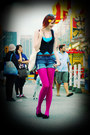 Hot-pink-we-love-colors-tights-navy-h-m-shorts