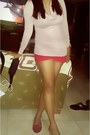 Light-pink-plunging-cotton-h-m-sweater-ruby-red-h-m-shorts