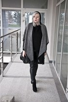 black deezee boots - black maniaszycia coat - black second hand blouse