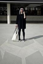 black Bershka hat - off white agalospl bag - black second hand blouse