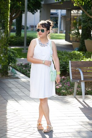 white Loft dress - mint charmingcharlie bag - blue Aldo necklace