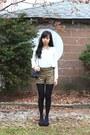 Chanel-bag-forever-21-shorts-forever-21-blouse-franco-sarto-heels