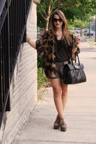 Jessica Simpson shoes - calzatura purse - Express shorts - Forever 21 blouse