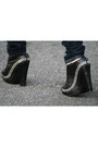 Sam-edelman-boots-hudson-jeans-jeans-alythea-blazer-fendi-bag-burberry-s