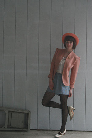 pink vintage hat - gold vintage shoes - pink vintage blazer - black H&M tights