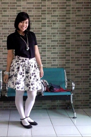 brandless shirt - custom made skirt - rumahsepatubulan tights - rumahsepatubulan