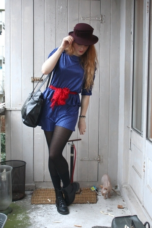 blue vintage dress - red vintage scarf - black vintage purse - red vintage hat -