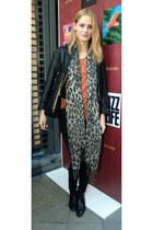 charcoal gray leopard H&M scarf - black pixie vintage boots