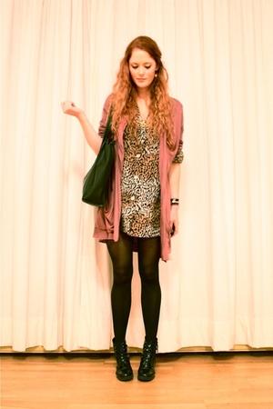 elle jacket - vintage blouse - vintage accessories - Wedins boots