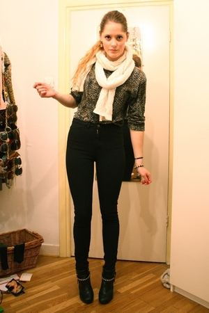 black American Apparel jeans - black H&M boots - white H&M scarf - brown vintage