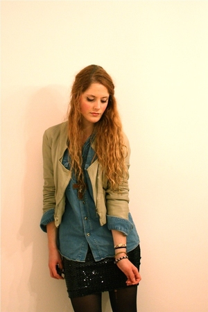 Zara jacket - second-hand shirt - gift necklace - vintage skirt