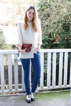 ivory vintage blouse - blue COS jeans - brick red vintage bag - black H&M flats