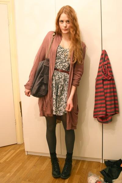 brown elle cardigan - gray vintage dress - gray Stella McCartney purse - black H