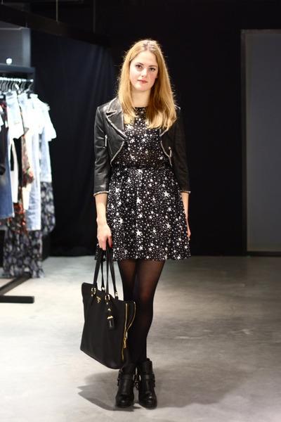 black star print asos dress - black buckle Dolce Vita boots