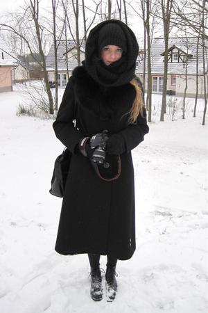 black vintage coat - black H&M scarf - black H&M boots