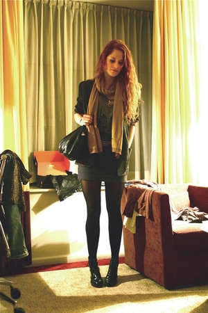 vintage purse - vintage blazer - H&M scarf - H&M skirt - Wedins boots