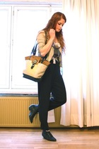 Zara jacket - Bershka shirt - vintage pants - vintage purse - vintage boots