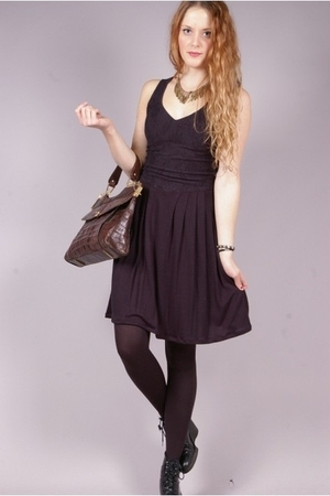 blue vintage dress - brown vintage purse - black Wedins boots