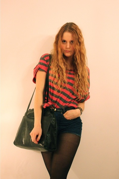 red vintage shirt - blue vintage shorts - black vintage purse - black Vintage Ve