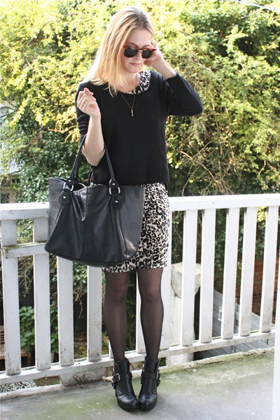beige leopard H&M dress - black buckled Dolce Vita boots