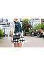 Black-zipper-rebecca-minkoff-bag-ivory-olive-skirt-teal-asos-top