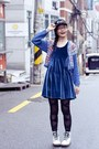 White-dr-martens-boots-blue-velour-cotton-on-dress