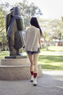 Blue-denim-cuffed-forever-21-shorts-white-classic-1460-dr-martens-boots