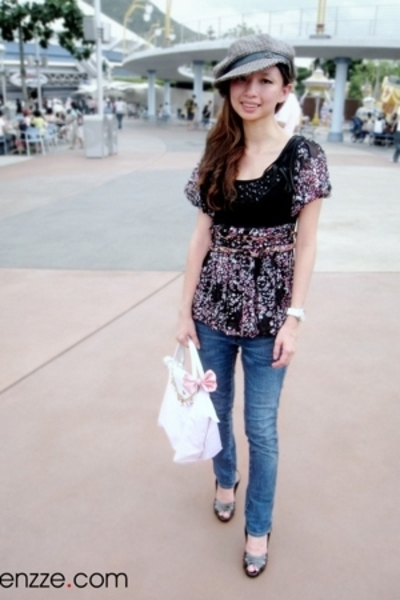 hat - blouse - longchamp accessories - Levis jeans - Charles & Keith accessories