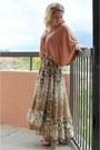 Capelike-h-m-blouse-floral-maxi-h-m-skirt