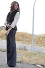 Navy-buffalo-jeans-dark-brown-faux-fur-self-made-vest-ivory-zara-blouse
