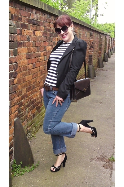 warehouse blazer - top - River Island belt - Topshop jeans - shorts - purse