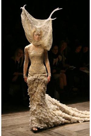 tan lace dress Alexander McQueen dress - tan horns Alexander McQueen accessories