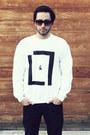 Black-levis-jeans-black-beanie-target-hat-white-lavan-lamar-sweater