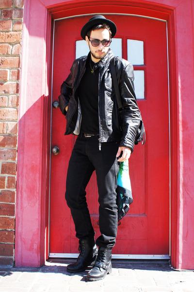 black Ralph Lauren boots - black Levis jeans - black H&M hat