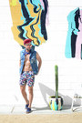 Navy-m-nii-shorts-salmon-ray-ban-sunglasses-navy-vans-sneakers