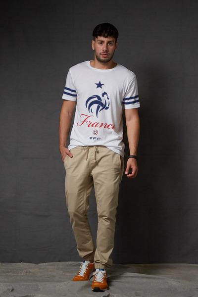 carrot orange nike sneakers - white france Forever21 shirt