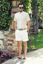 brown boat shoes Vans shoes - white Original Penguin shirt - white H&M shorts