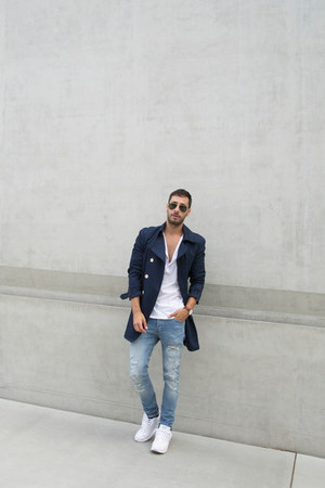 white H&M shirt - navy trench H&M coat - light blue H&M jeans