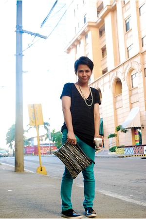 black giordano shirt - blue random pants - black Cardams shoes - silver belleza