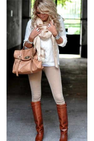nude bag - burnt orange boots - off white leggings - eggshell scarf
