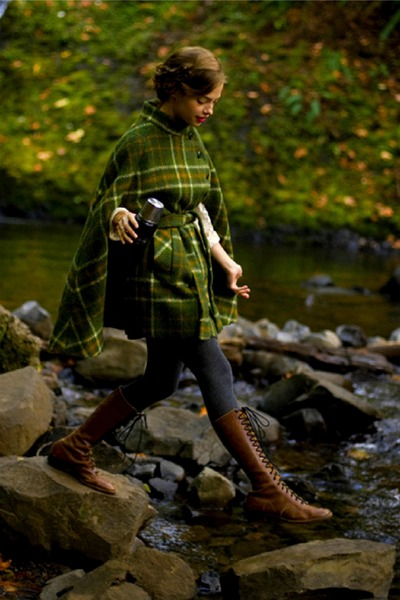 green cape - brown boots