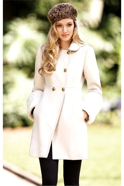 ivory coat - puce hat - black leggings
